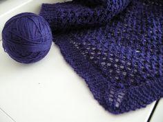 Hennin Höpötyksiä: Neulottu kolmiohuivi Hennin, Knitted Hats, Winter Hats, Knitting, Fashion, Breien, Patterns, Moda, Tricot