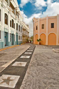Paseo de Estrellas en Arecibo