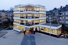 Openluchtschool van Jan Duiker in Amsterdam