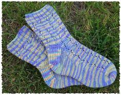 Eyelet zigzag toe up socks