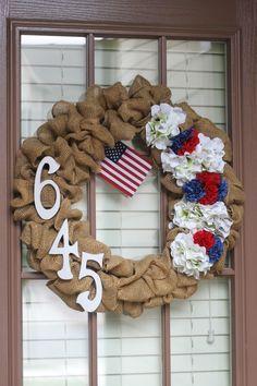03 - Domestic Superhero - Burlap Wreath #holiday #luly4 #crafts