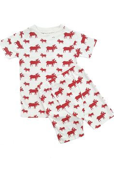 These cozy pajamas are short sleeved and meant to be snug fitting, because no flame retardants or chemicals are used in our clothing. If your little one is between sizes, buy up for the best fit. Summer Pajamas, Cozy Pajamas, Kids Fashion, Fashion Outfits, Organic Baby Clothes, Sustainable Clothing, Summer Kids, Organic Cotton, Snug