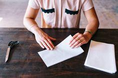 {} Cynthia Pregunta: Proyectos DIY | Telón de fondo de papel de cera