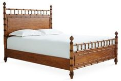 Romsey Poster Bed