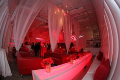 White with accents of Red! A classic look with romantic ambiance ~ Haute Durvó! #NY #Parties #EventSpace #PartyPlanner
