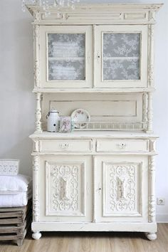6 Courageous Clever Tips: Shabby Chic Living Room Pink shabby chic bathroom shower. Shabby Chic Mode, Shabby Chic Living Room, Shabby Chic Kitchen, Shabby Chic Style, Shabby Chic Furniture, Shabby Chic Decor, Shabby Chic Hutch, Rustic Style, Muebles Shabby Chic