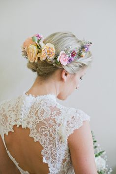 floral crown perfection // photo by The Weaver House // http://ruffledblog.com/bohemian-ashland-wedding