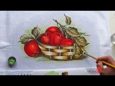 Cesta com Maçãs (Aula 34) Acrylic Painting Tutorials, Painting Videos, Printable Pictures, One Stroke Painting, Acrylic Flowers, Country Paintings, Doll Eyes, Stencil Designs, Pictures To Paint