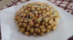 Gli struffoli, o cicerchiata, sono dolci di carnevale fritti, facilissimi da preparare. questi dolci sono diffusi in molte regioni d'Italia con nomi diversi
