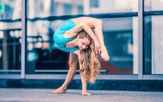 Dance Flexibility Stretches, Gymnastics Flexibility, Gymnastics Poses, Gymnastics Videos, Artistic Gymnastics, Flexibility Workout, Stretching, Anna Mcnulty, Dance Photography