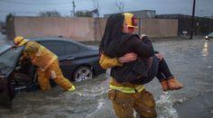02/17/2017 - California flash flood kills at least 2, swallows cars whole (VIDEO, PHOTO)