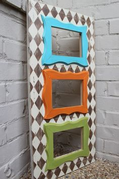 Funky picture frame--too cute!!