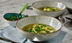 Vaječná jíška s polévkou Soup, Treats, Ethnic Recipes, Sweet Like Candy, Goodies, Soups, Sweets, Snacks