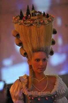 photo by Fonsmark. big hair with village Crazy Hair, Big Hair, Vintage Hairstyles, Cute Hairstyles, Fantasy Hairstyles, Wacky Hair, Funky Hats, Avant Garde Hair, High Fashion Makeup