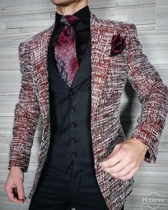 Had to show some love to our very popular and all year round Burgundy Tweed Cascata Look. Get this epic look today! Be Bold. Mens Fashion Suits, Fashion Wear, Mens Suits, Fashion Rings, Mens Suit Stores, Fashion Boots, Womens Fashion, Wedding Dress Men, Wedding Suits