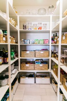 Small Pantry Organization Tips: The Easiest Way to Keep it Organized