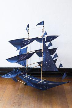 theseus navy sailing ship kite – Lost & Found