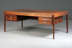 Finn Juhl, 'The Diplomat Series'. Freestanding palisander desk Lot number: 1228236  Lauritz.com