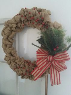 Burlap and berries by Grateful Vintage