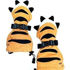 A pair of mittens that will turn kid hands into tiger paws. | 17 Strangely Wonderful Products You Can Only Get At 17