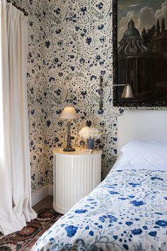 Dianthus Chintz Wallpaper and fabric - Lapis/Soane Britain