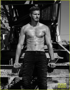 alexander ludwig flaunt shirtless underwear 03 Alexander Ludwig shows off his package in Calvin Klein underwear while shirtless for this hot new Flaunt magazine feature.    Shot by photographer Justin Campbell,…