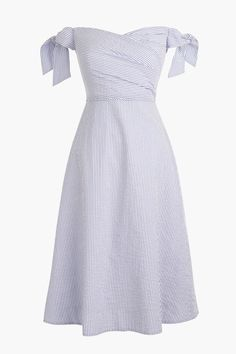J.Crew just announced its new party dress collection, perfect for soiress, picnics, and weddings alike. Little Dresses, Pretty Dresses, Kpop Fashion Outfits, Fashion Dresses, Classy Outfits, Stylish Outfits, Chifon Dress, New Party Dress, Dress Prom