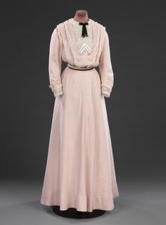 Dress 1908 The Victoria & Albert Museum