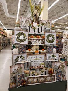 Thanksgiving Decorations, Seasonal Decor, Halloween Decorations, Hobby Lobby Fall Decor, Room Ideas, Decor Ideas, Fall Table, Where The Heart Is, Fall Decorating