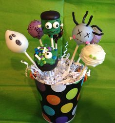 Halloween cake pops By Haute Pop Couture