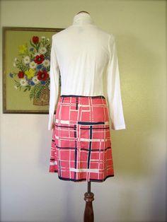 SALE Vintage Skirt // 60s Mod Pink Retro by KikuVintageBoutique, $20.00