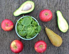 Apple, pear, avocado and spinach detox smoothie | Deliciously Ella