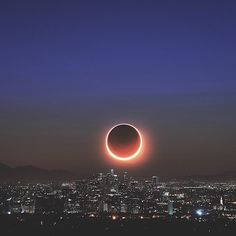 💤 eclipse em Los Angeles 📷 photo by Eclipse Photography, World Photography, Editorial Photography, Travel Photography, Disney Instagram, Photo Instagram, Instagram Posts, Instagram Travel, Instagram Feed