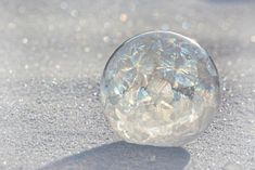 Cold Outside? Blow Frozen Bubbles!: Frost patterns form on bubbles you freeze outdoors.