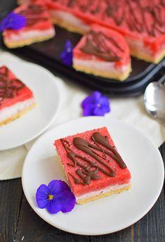 Sernik jogurtowo-truskawkowy z czekoladową polewą - BEZ pieczenia - MniamMniam.pl Kefir, Tuna, Fish, Meat, Atlantic Bluefin Tuna, Ichthys