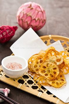 Renkon Chips (Fried Lotus Root Chips) | Just One Cookbook.com