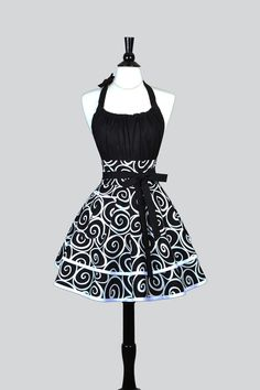 Gorgeous black and white swirls in a flirty pinup style apron. Classic colors that are timeless.