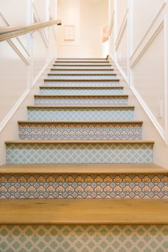 beautiful stair risers-- could be replicated with stencils and paint, wallpaper, or tile House of Turquoise: Dream Home Tour - Day One Painted Stair Risers, Tile Stairs, Tiled Staircase, E Design, Interior Design, House Of Turquoise, Parade Of Homes, Coastal Living, Stairways