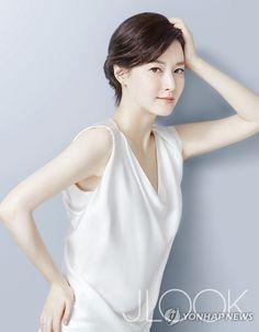 이영애, 뷰티 화보 공개