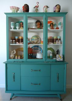 Midcentury modern dining room hutch by eclectica miami Mid Century Dining, Mid Century Decor, Hutch Makeover, Furniture Makeover, Hutch Redo, Diy Interior, Mid Century Modern Furniture, Midcentury Modern, China Hutch Decor