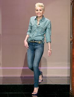 """Miley Cyrus' Denim on Denim Look on """"The Tonight Show with Jay Leno:"""" So Hot or So Not?"""