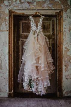 Tea Length Wedding Dress, Tea Length Dresses, Elegant Wedding Dress, Best Wedding Dresses, Elegant Dresses, Wedding Gowns, Bridesmaid Dresses, Beautiful Dresses, Long Sleeve Wedding