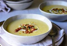 A fantastic way to disguise cauliflower, and my family love this soup with crusty bread. Chowder Recipes, Soup Recipes, Dinner Recipes, Recipies, Savoury Slice, Slow Cooker Creamy Chicken, Good Food, Yummy Food, Cauliflower Soup