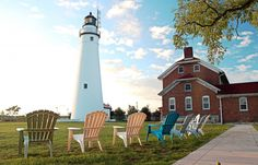 Fort Gratiot Lighthouse, Michigan jigsaw puzzle in Great Sightings puzzles on TheJigsawPuzzles.com