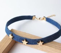 Material:denim+Alloy Sizes:+30cm+6cm  Totally+simple+and+adorable. Wear+them+with+elegant+evening+dresses,sun+dresses,+shorts,+jeans,+swimsuits,+and+even+lingerie. Your+friends+will+love+to+have+one+for+themselves! Gift+one+to+a+friend+or+treat+yourself. Thank+you+for+your+time!+Hope+you+l...