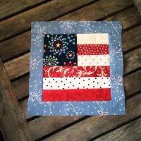Quilting : Scrappy Flag Quilt Block Beginner Quilt Patterns, Quilting For Beginners, Quilt Block Patterns, Quilt Tutorials, Pattern Blocks, Quilting Ideas, 16 Patch Quilt, Flag Quilt, Patriotic Quilts