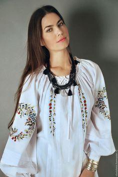 Блузки ручной работы. Заказать Вышитая белая блуза