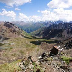 """Polubienia: 45, komentarze: 2 – Hasające Zające (@hasajacezajace) na Instagramie: """"#hasajacezajace  #mountainlandscape  #mountains  #tienshan  #kyrgyzstan  #altynarashan…"""""""