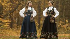 Finnes også i en hvit versjon. Folk Costume, Costumes, All Things, Curls, Bohemian, Norway Oslo, Dresses, Scandinavian, Fashion