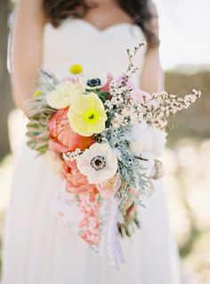 swooning over this utterly perfect spring time bouquet.